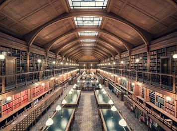 Découverte d'une bibliothèque patrimoniale